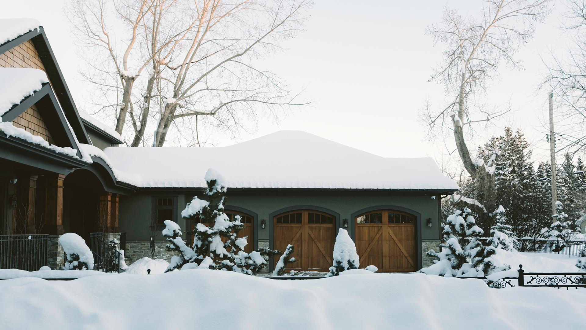 prevent ice dams on your roof